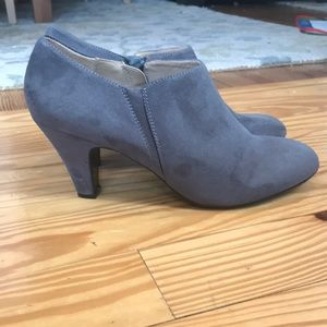Naturalizer N5 Comfort Gray Lunic Boots